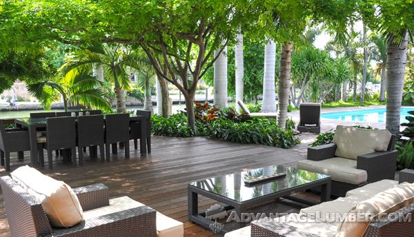 landscaped-ipe-deck