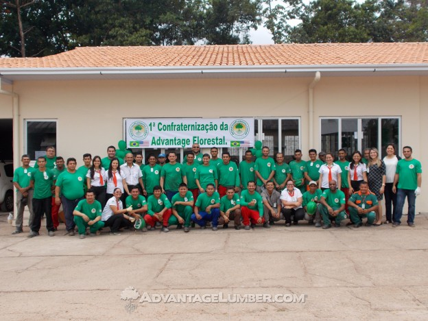 Almost the entire Brazil mill team from the office and mill. Their efforts are invaluable.