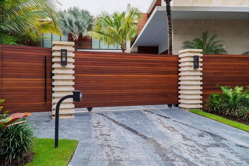 Horizontal Cumaru Fence