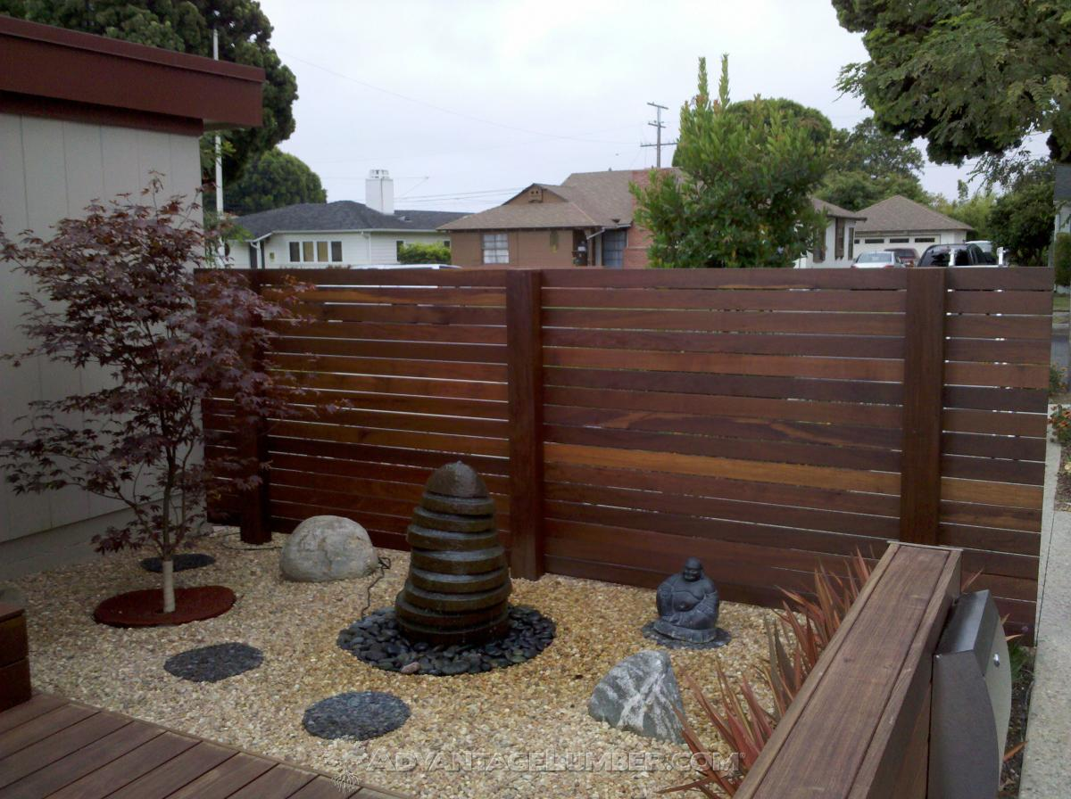 Picture of: Best Wood For A Horizontal Fence Advantagelumber Blog